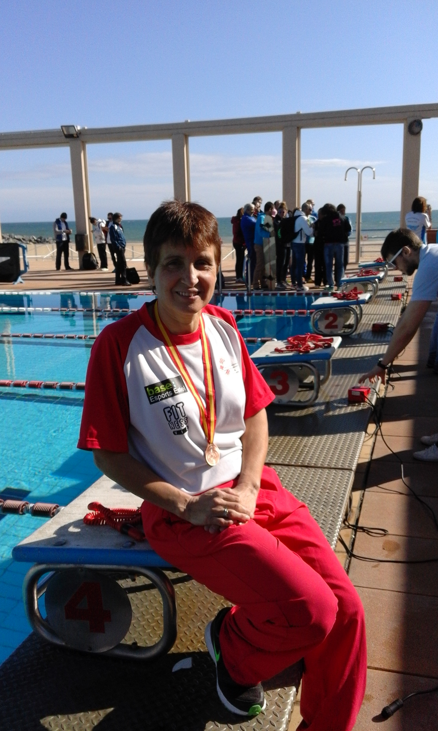Maria gracia masgrau cnvic bronze als estatals de for Piscina municipal mataro